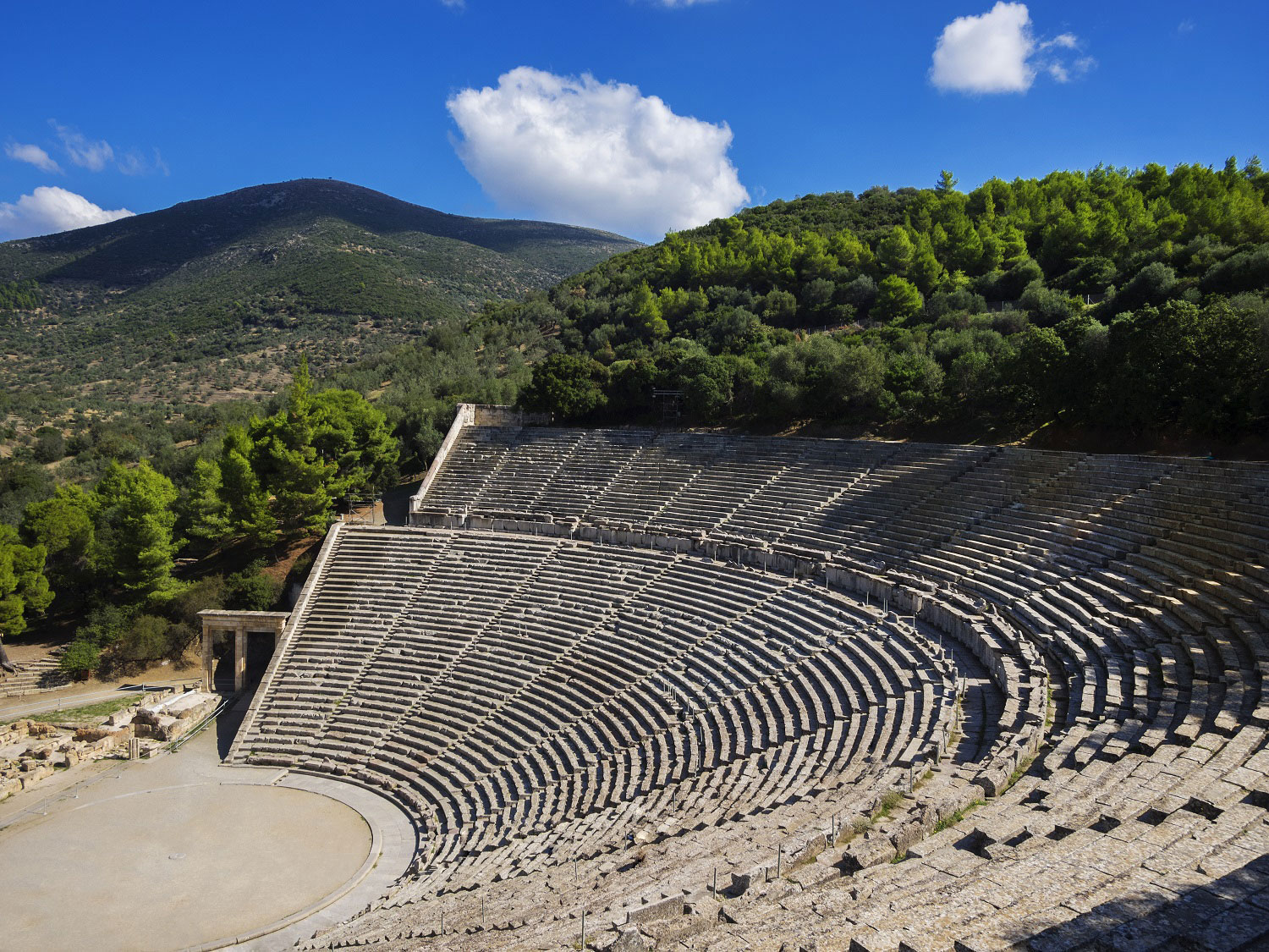 Epidaurus - Mycenae Day Tour 3